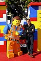 elizabeth banks will ferrell the lego movie premiere 23