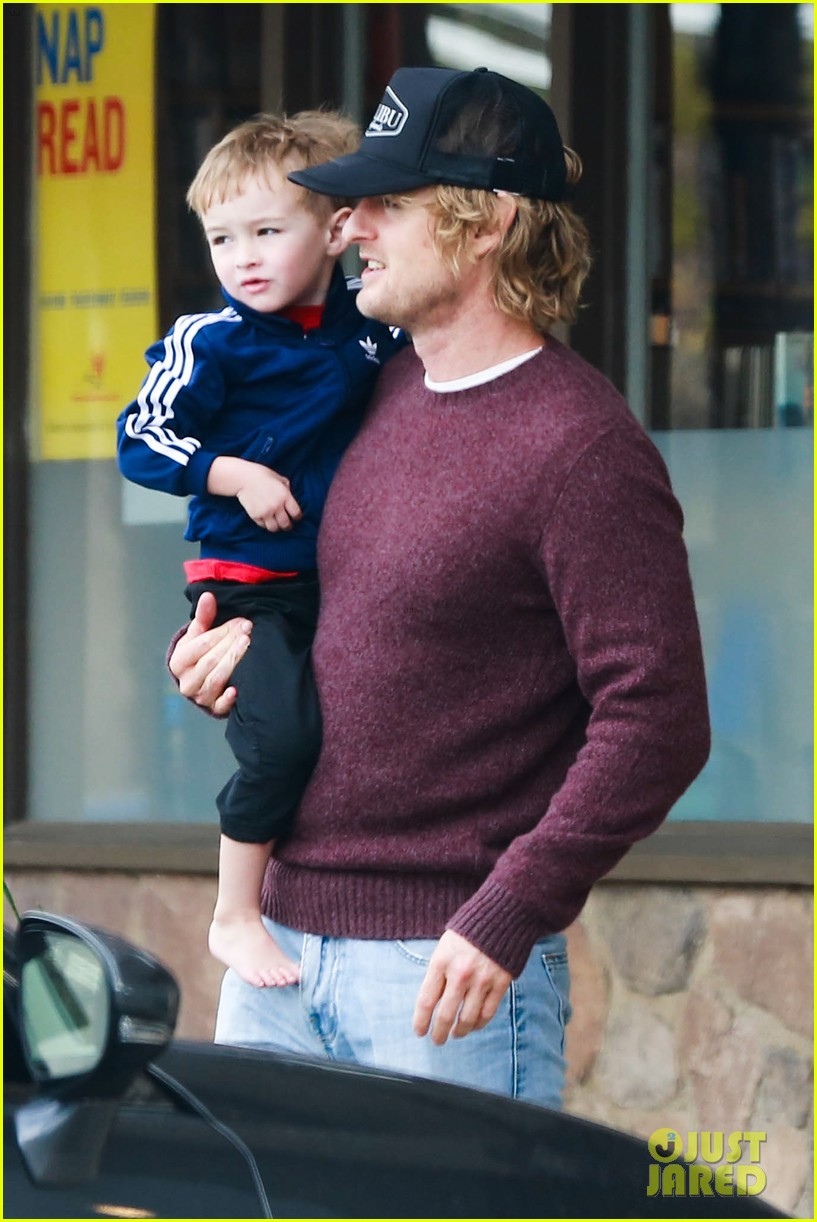 owen wilson is a doting dad after birth of his new son 01