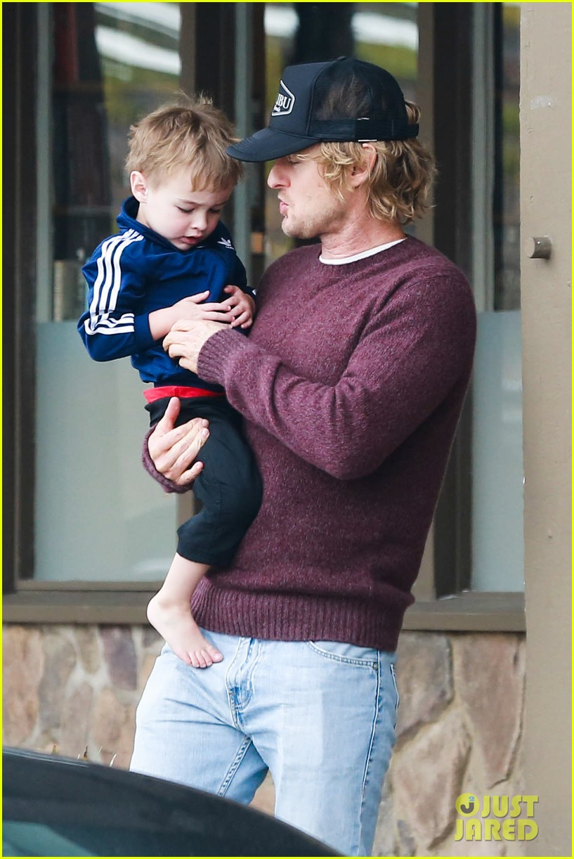 owen wilson is a doting dad after birth of his new son 16