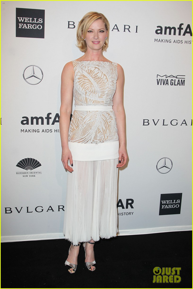 robin wright michelle rodriguez amfar new york gala 03