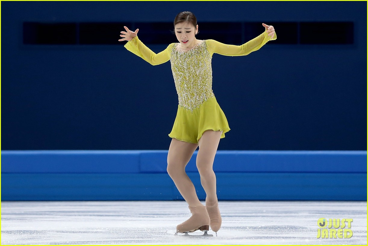olympic figure skater yuna kim did you know shes also a singer 03