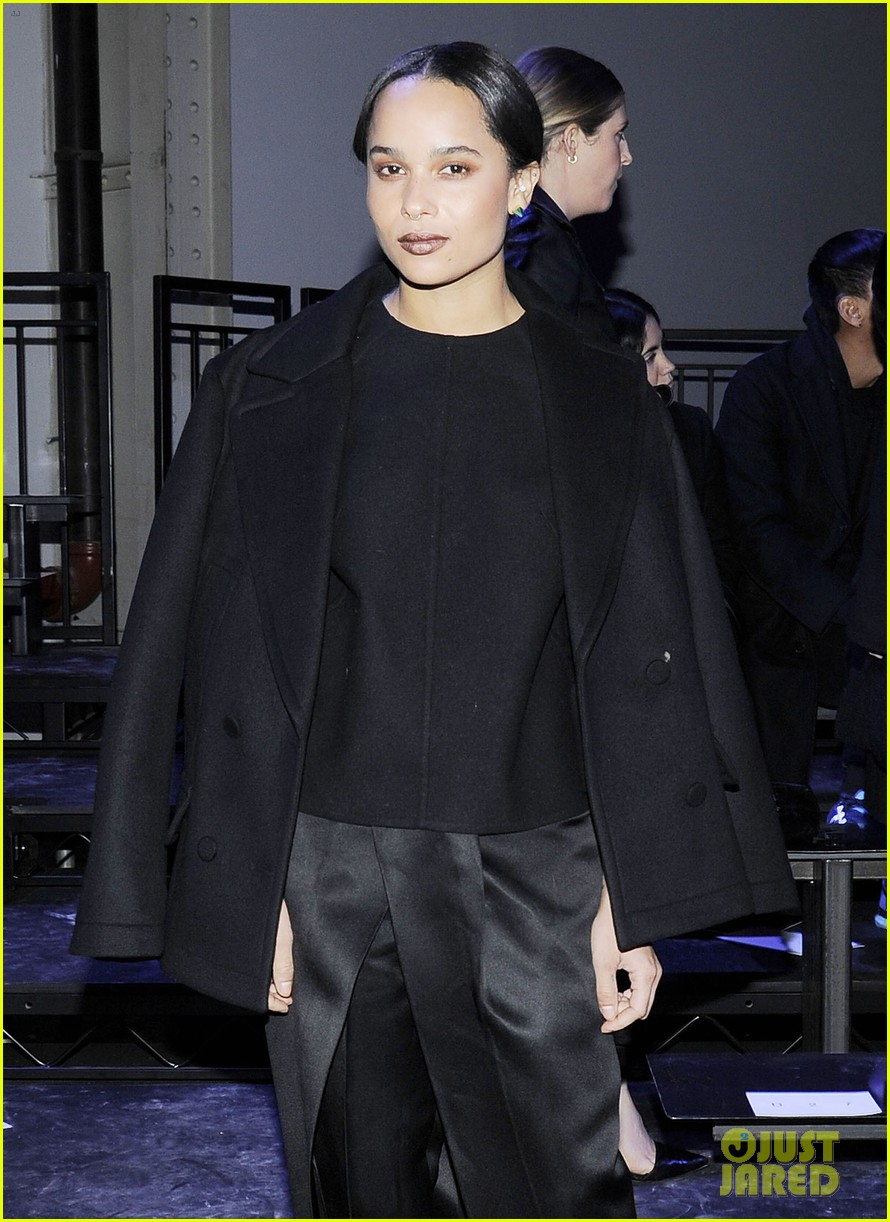 zoe kravitz alexander wang fashion show karlie kloss anne v 11