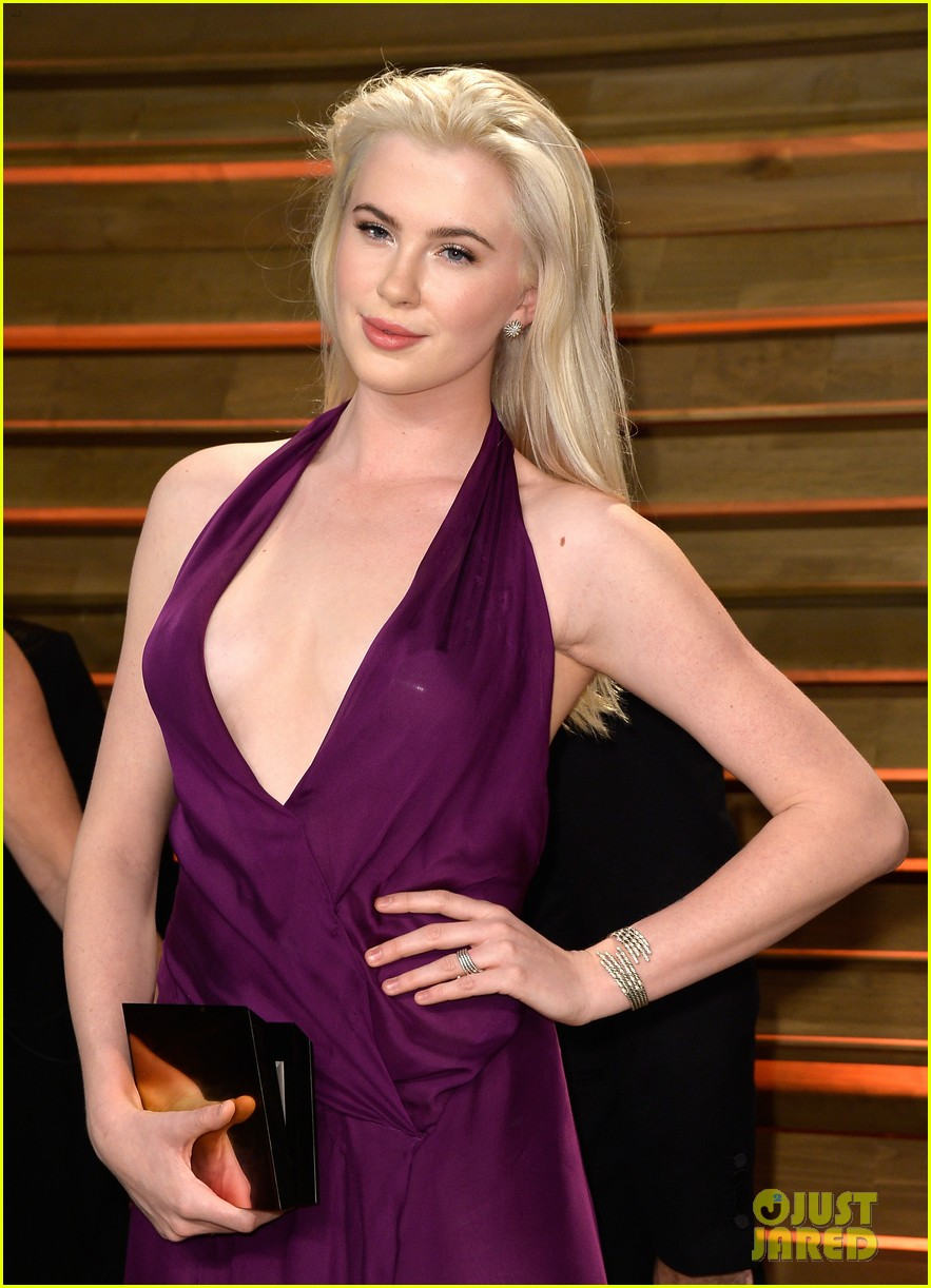 ireland baldwin chanel iman vanity fair oscar party 2014 023064829