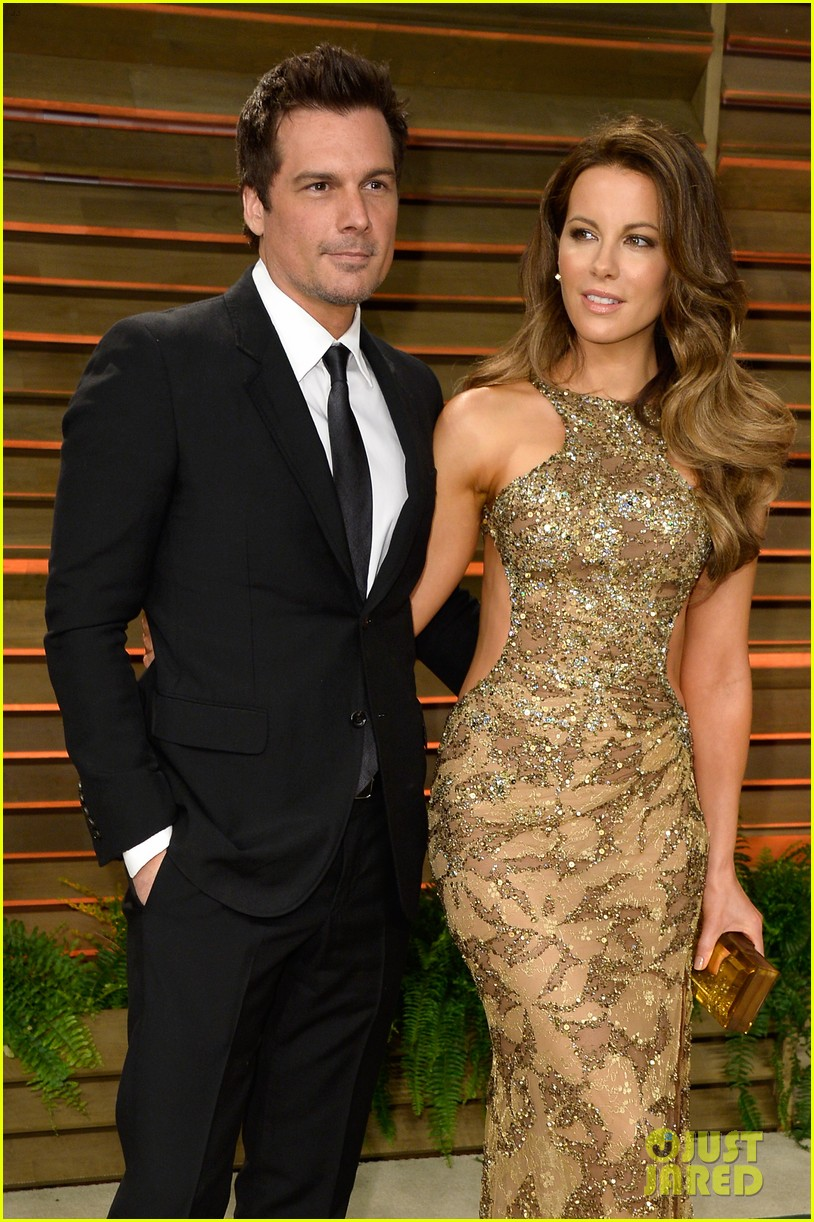 kate beckinsale len wiseman vanity fair oscars party 2014 023064789
