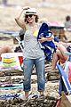 kristen bell dax shepard beach bodies hawaii 07
