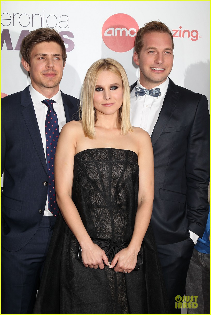 kristen bell chris lowell glam up the veronica mars nyc screening 07