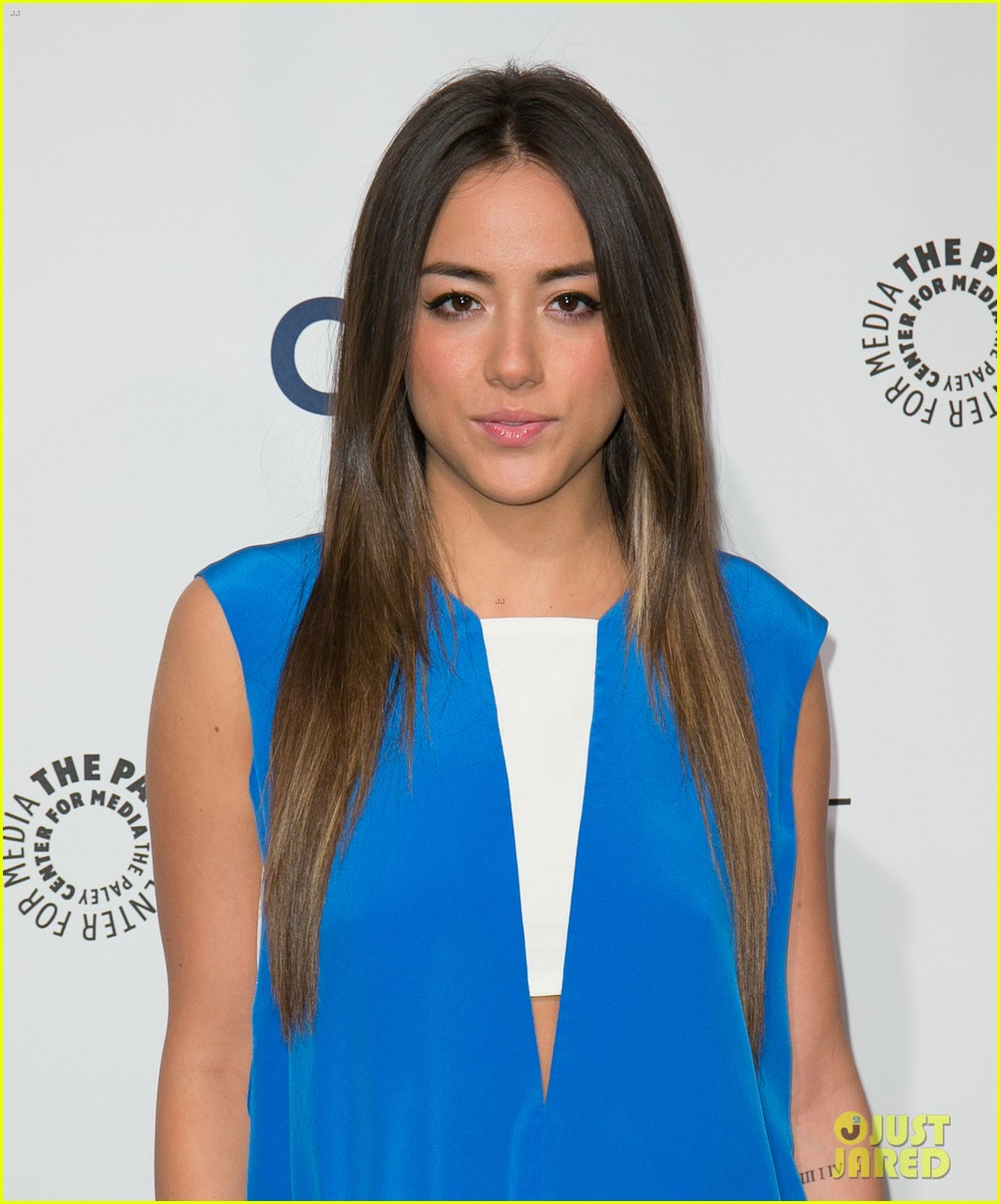 chloe bennet clark gregg promote agents of s h i e l d at paleyfest 13
