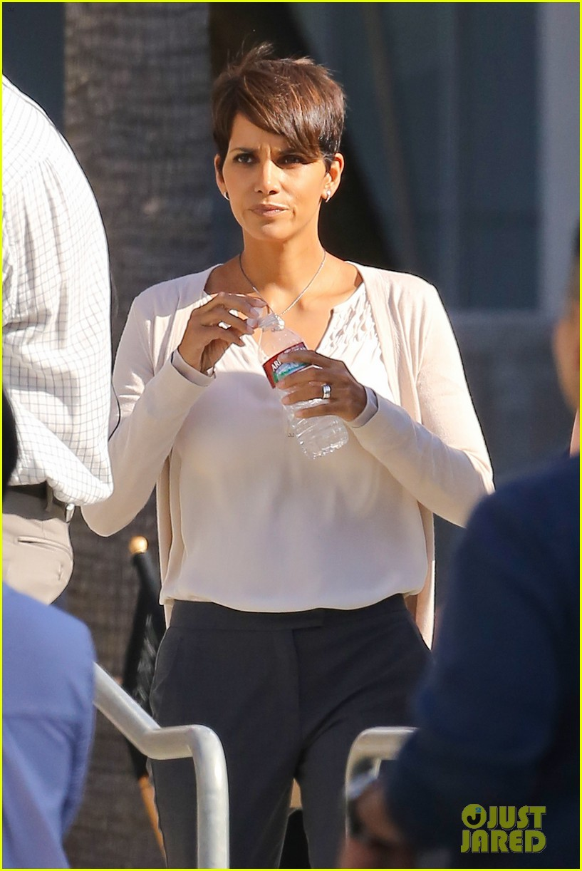 halle berry gets to work on extant 063073743
