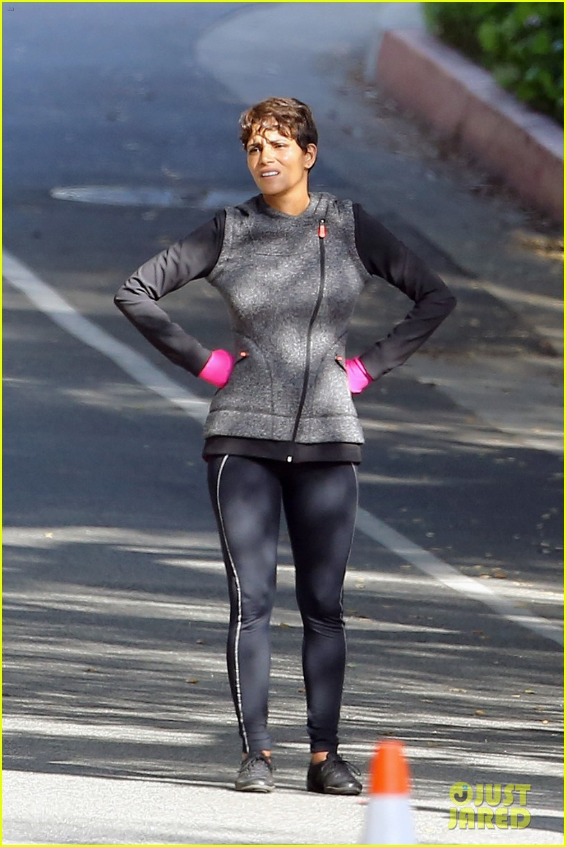 halle berry working out motivation 07