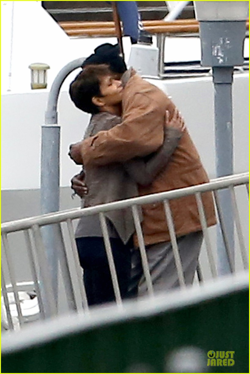halle berry goran visnjic pda for extant 12