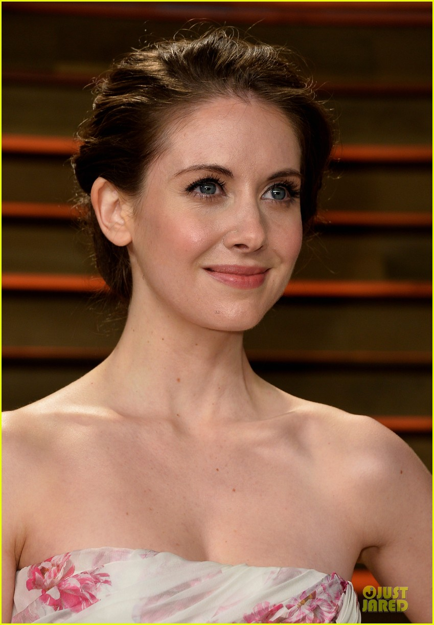 alison brie vanity fair oscars party 2014 06