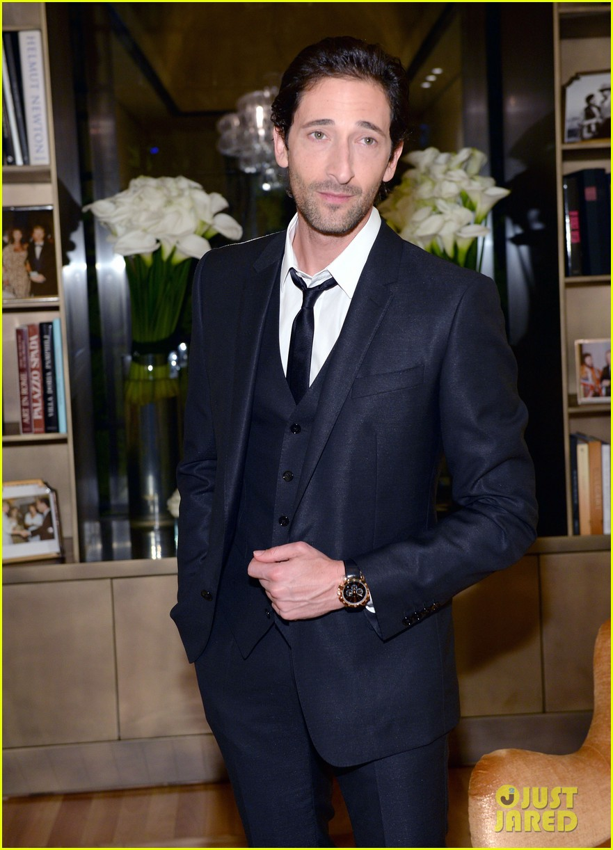 adrien brody sure knows how to wear a three piece suit 02