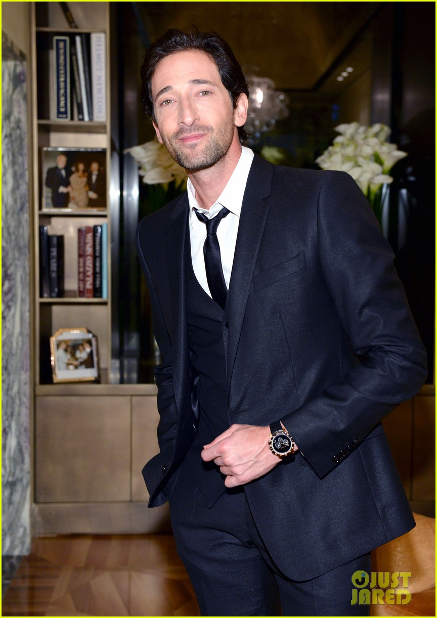 adrien brody sure knows how to wear a three piece suit 03