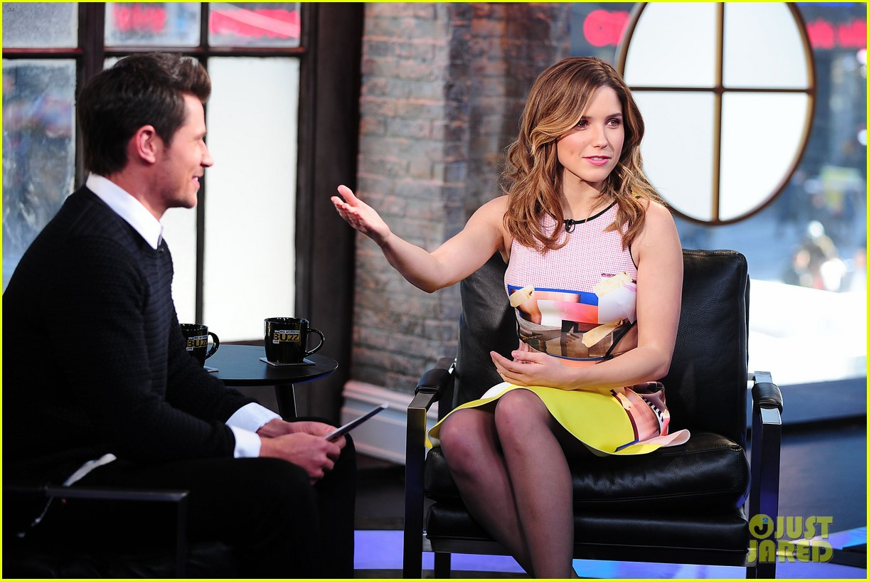 sophia bush nicky lachey reminisce about kissing on big morning buzz live 17