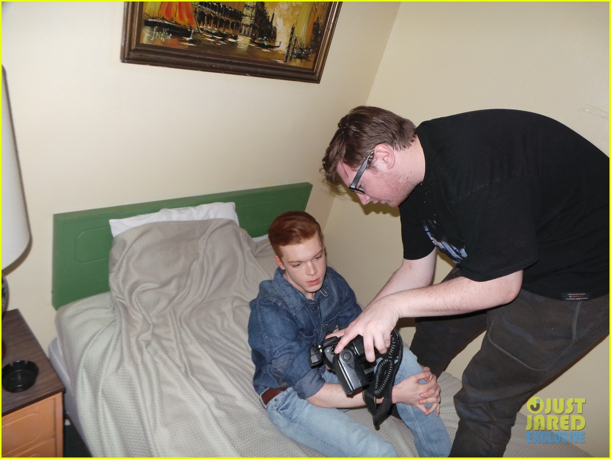 cameron monaghan jj spotlight behind the scenes 01