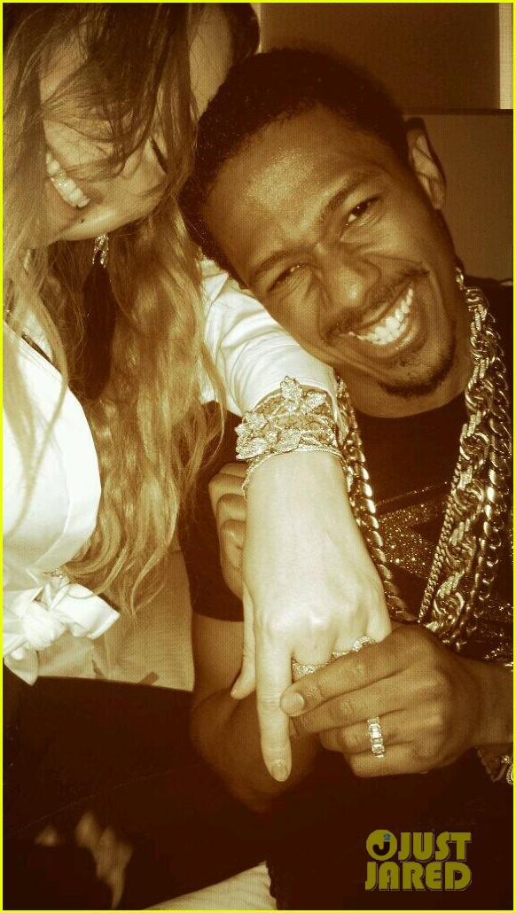 mariah careys birthday present from nick cannon huge diamond bracelet 043080651