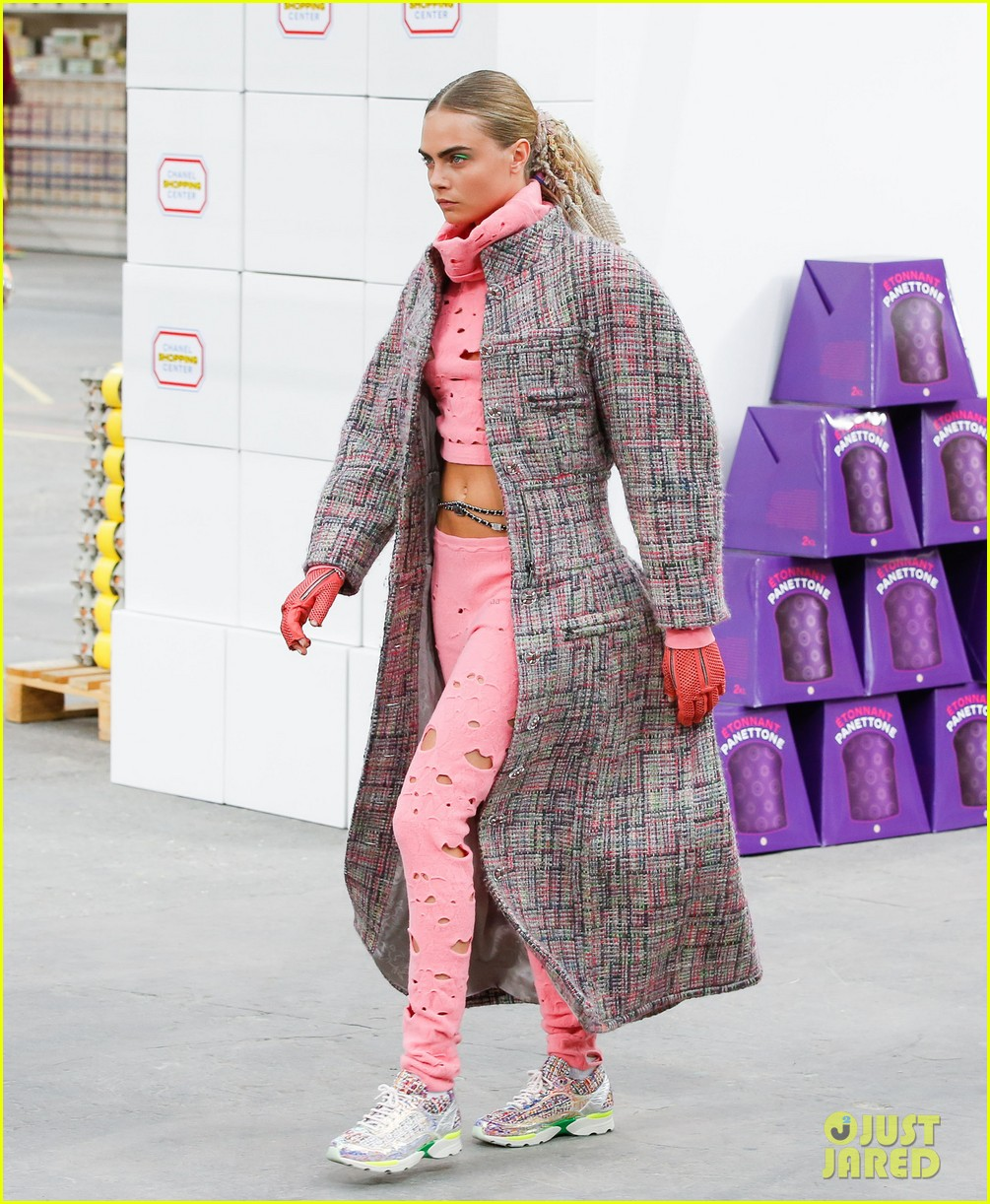 cara delevingne kendall jenner walk supermarket inspired runway at chanel show 133065993