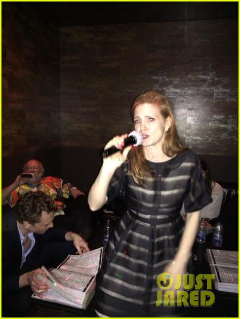 jessica chastain celebrates birthday with tom hiddleston 043077550