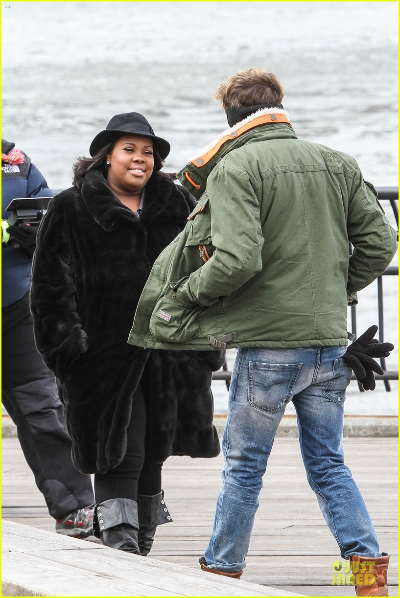 chord overstreet give amber riley jacket to stay warm 19