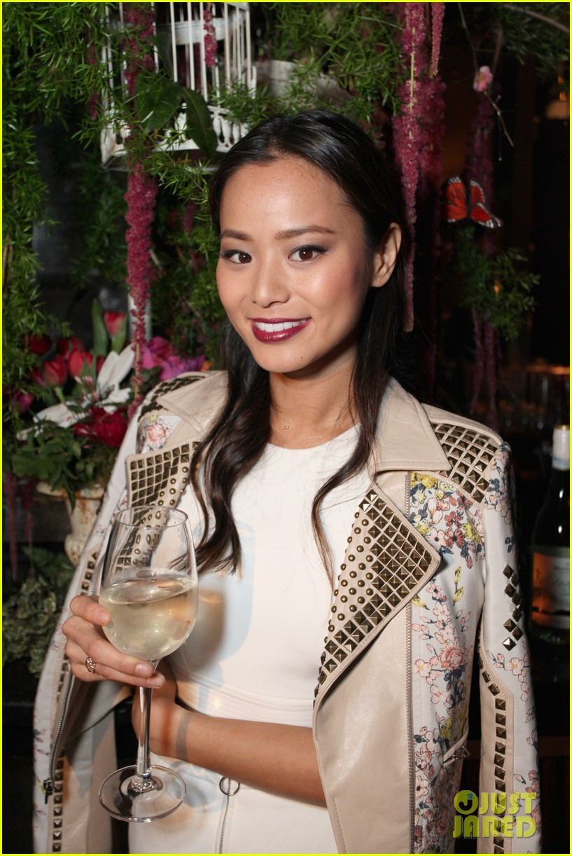 jamie chung celebrates launch of flight song 07