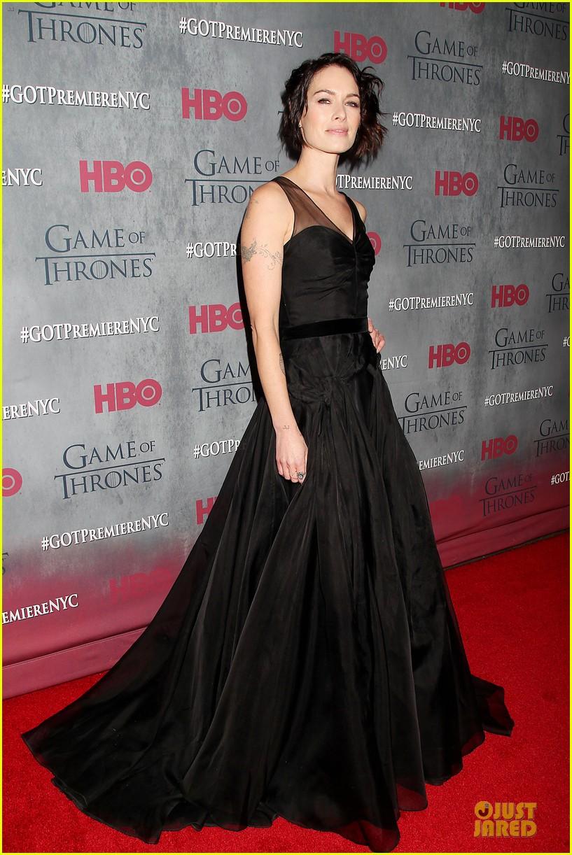 emilia clarke peter dinklage game of thrones season 4 premiere 09