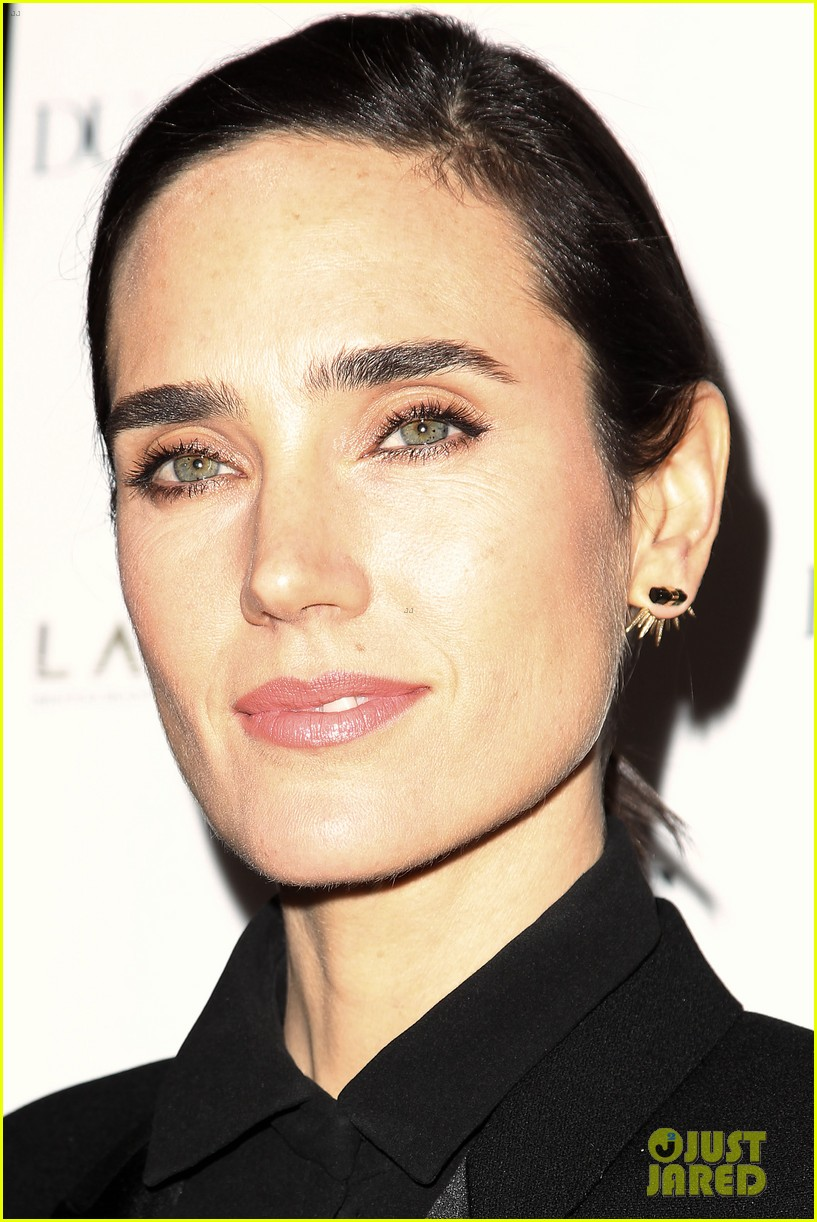 noah jennifer connelly russell crowe take over late night 15