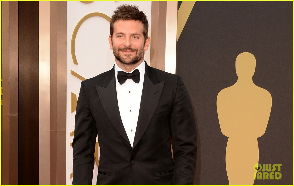 bradley cooper oscars 2014 red carpet 043063910