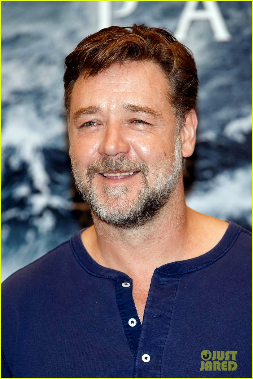russell crowe meeting with pope canceled 04
