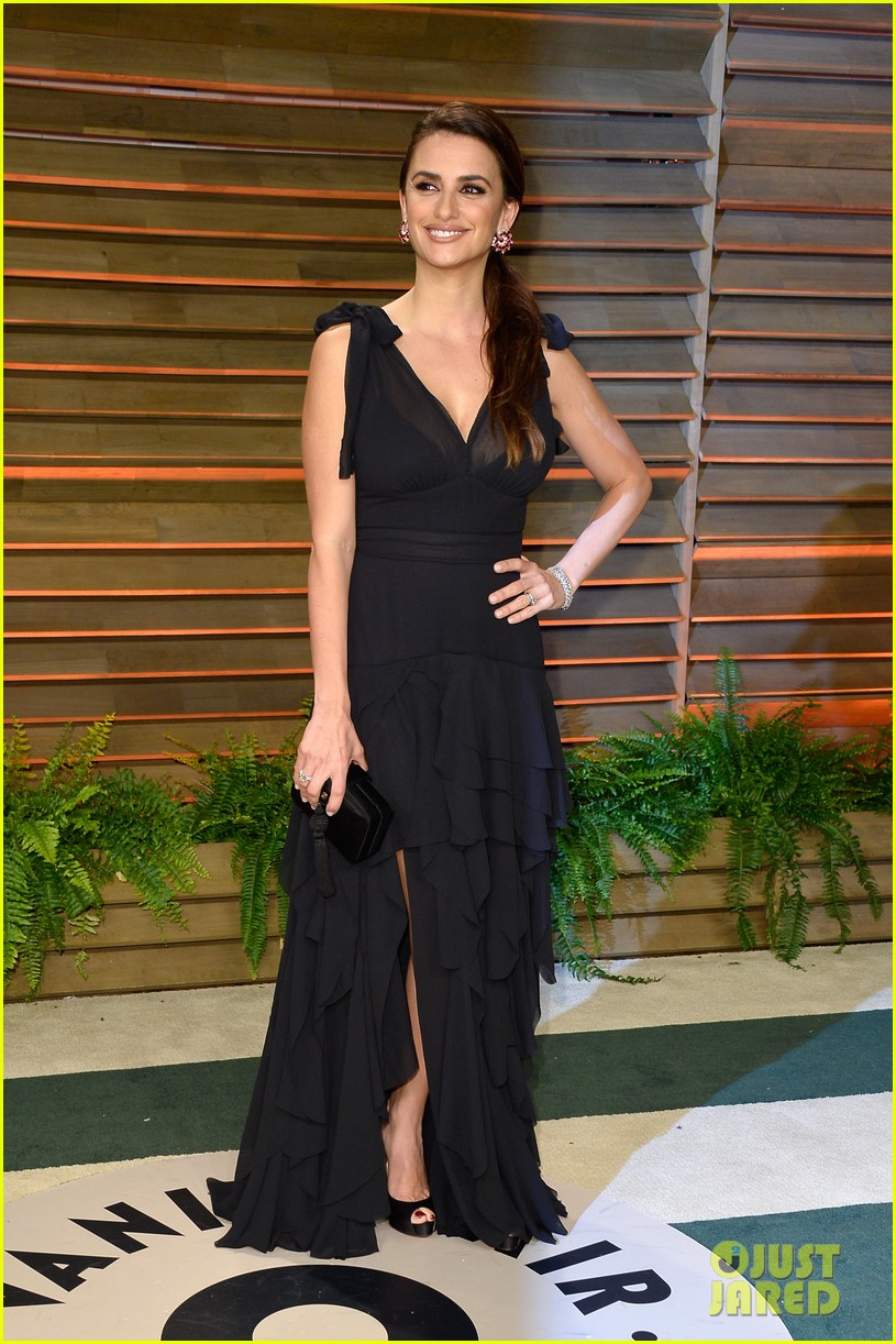 penelope cruz gets mistaken for salma hayek at oscars 2014 013064715