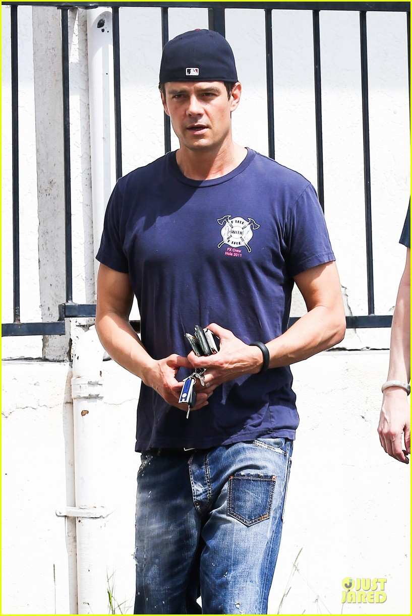 josh duhamel cant get enough of early world 04
