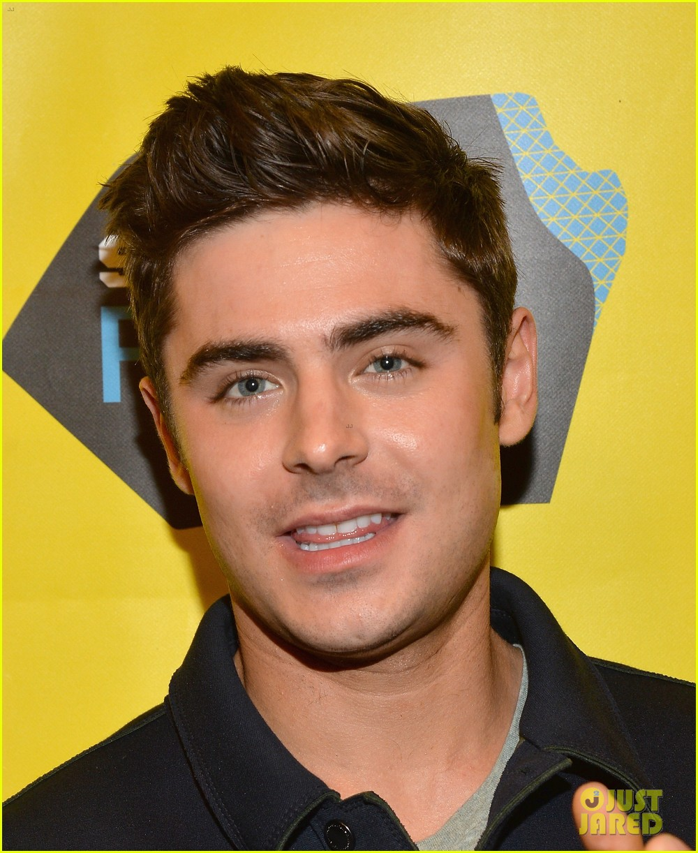 zac efron brings his next shirtless movie neighbors to sxsw 033068552