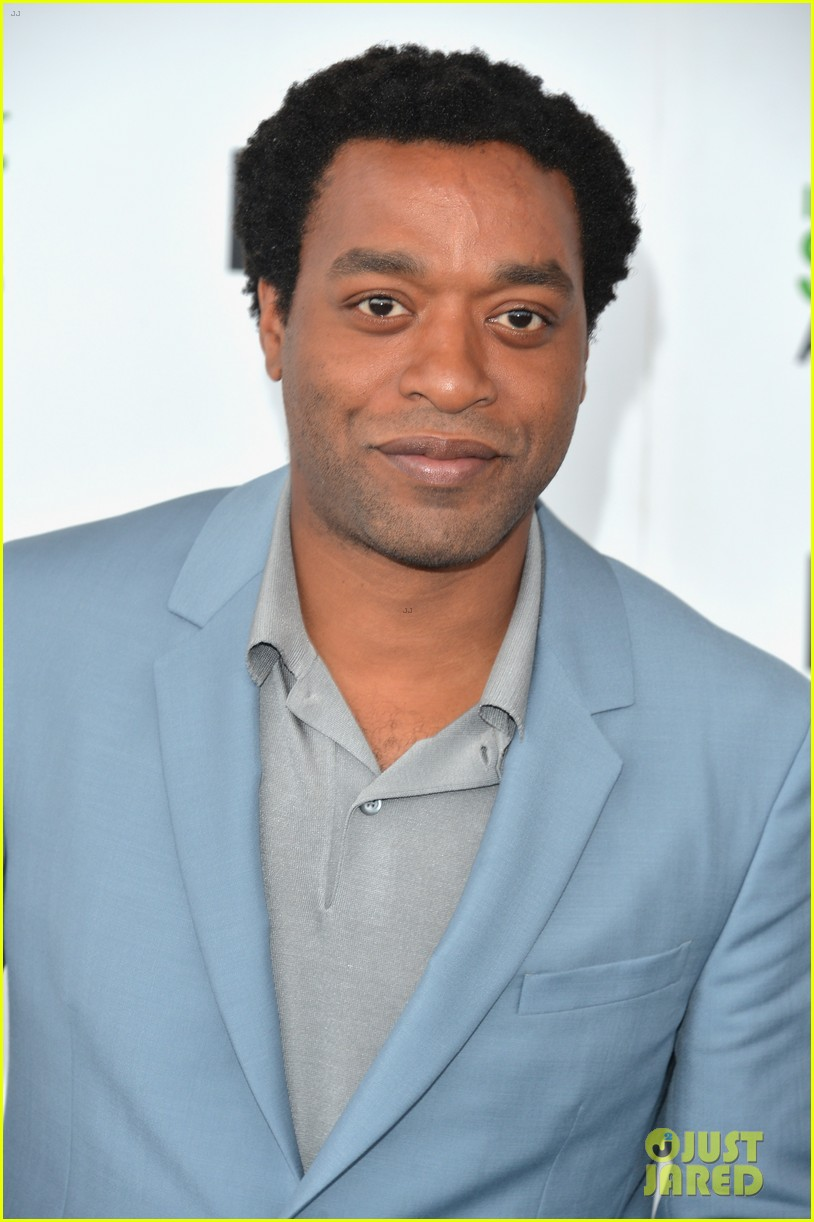 chiwetel ejiofor spirit awards 2014 with girlfriend sari mercer 023063043