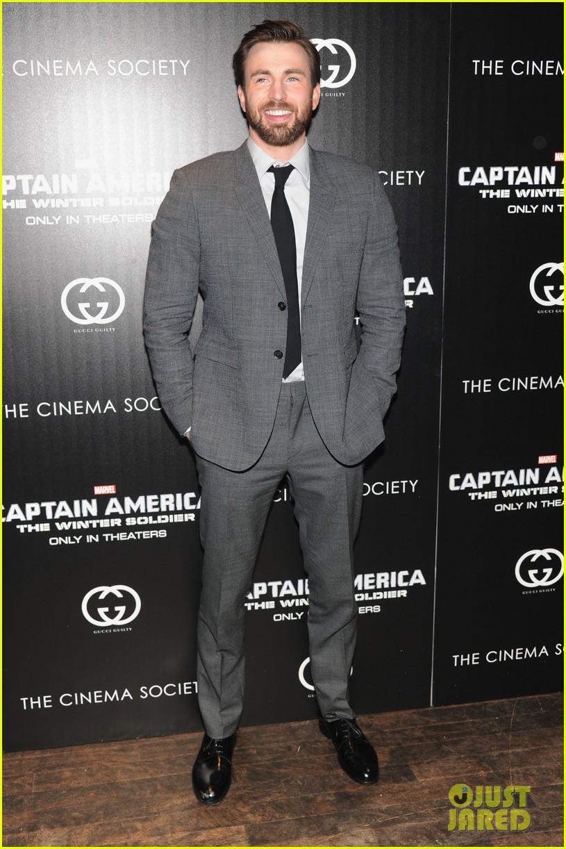 chris evans sebastian stan captain america nyc premiere 10