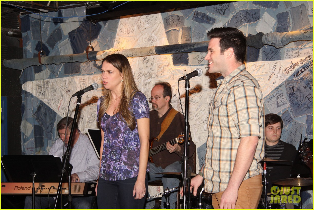 sutton foster colin donnell preview broadway musical violet 09