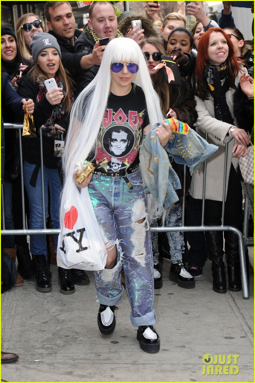 lady gaga wants you to know dont mess with joes daughters 01