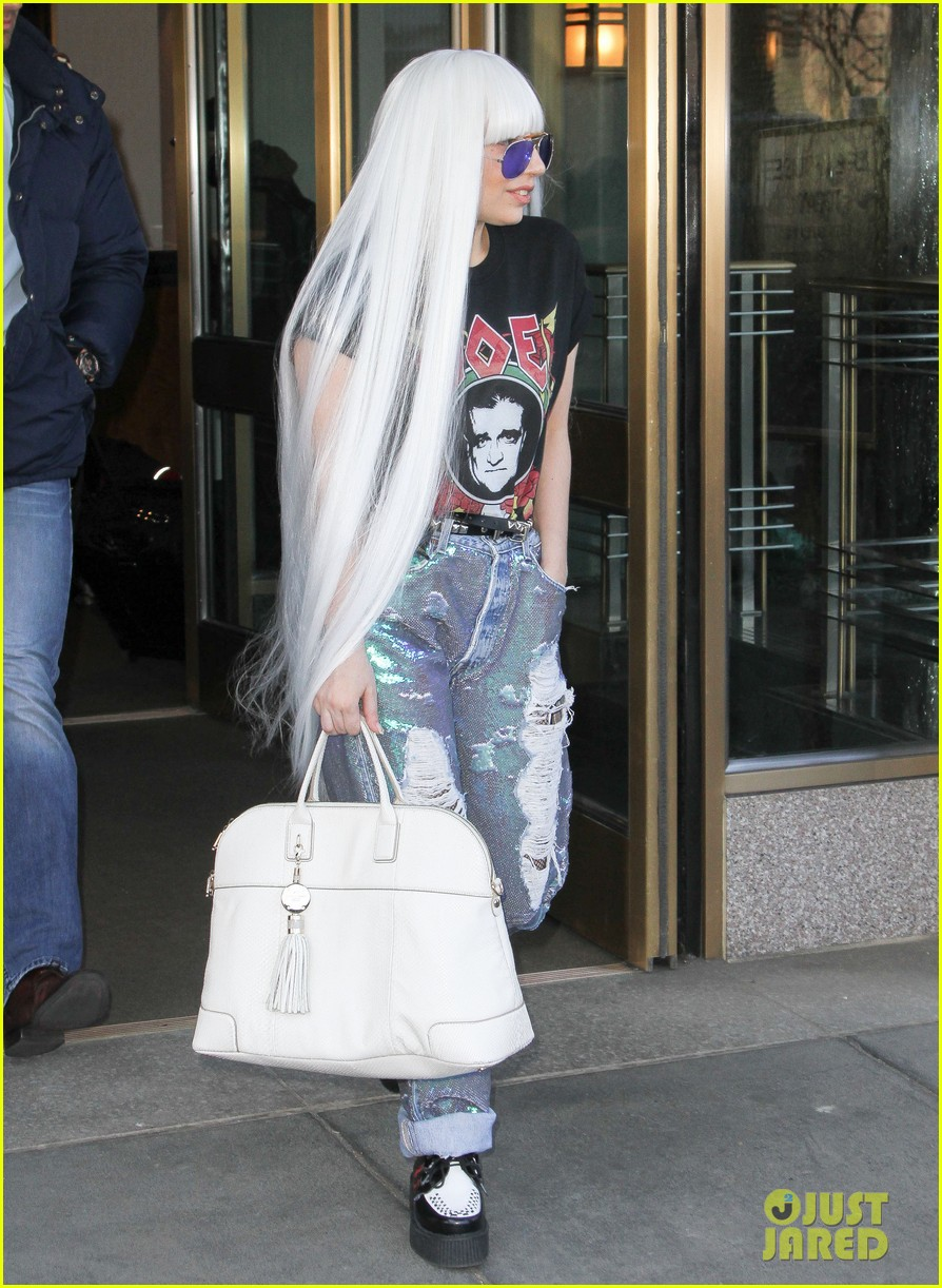 lady gaga wants you to know dont mess with joes daughters 04