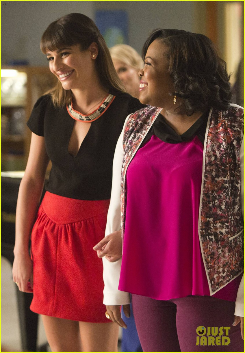 glee 100th episode stills 043073300
