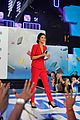 selena gomez gives inspiring speech at we day 03