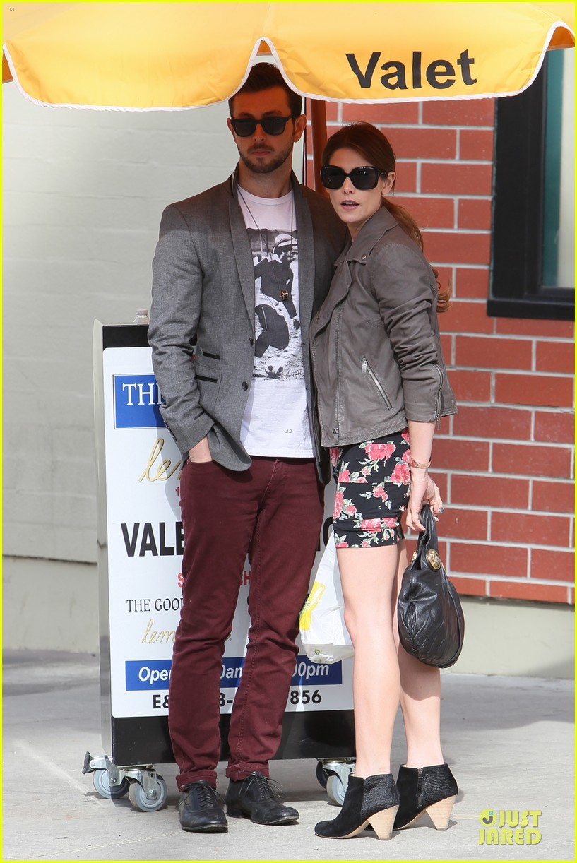 ashley greene paul khoury go in for a kiss after lunch 183066344