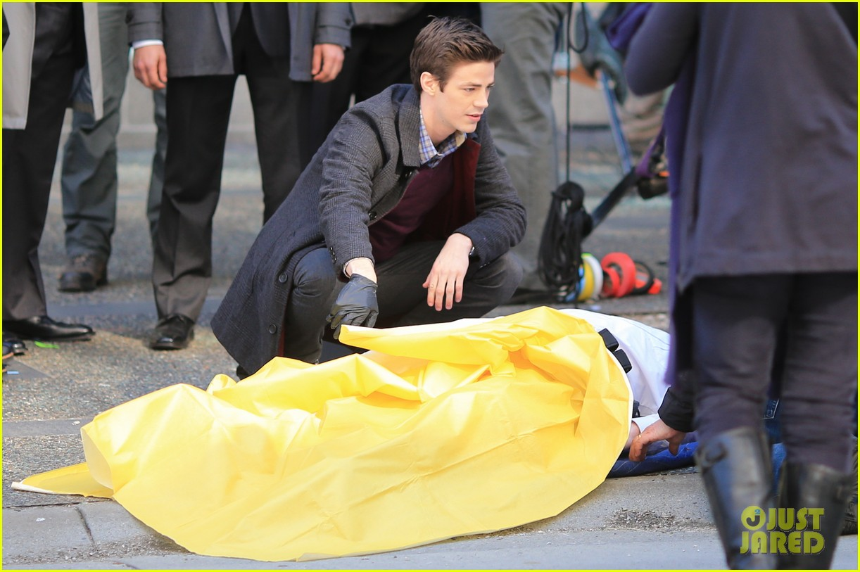 grant gustin flashes into action 21