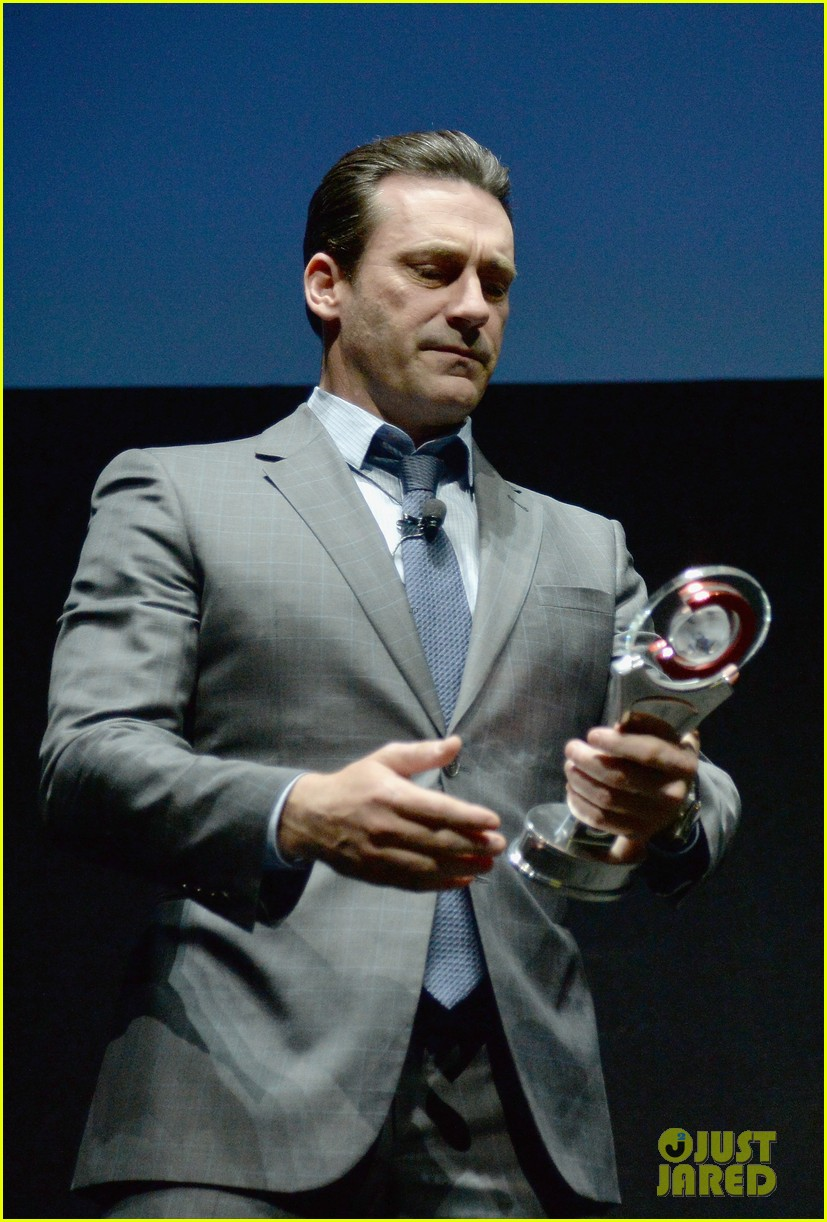 jon hamm excellence in acting award cinemacon 11