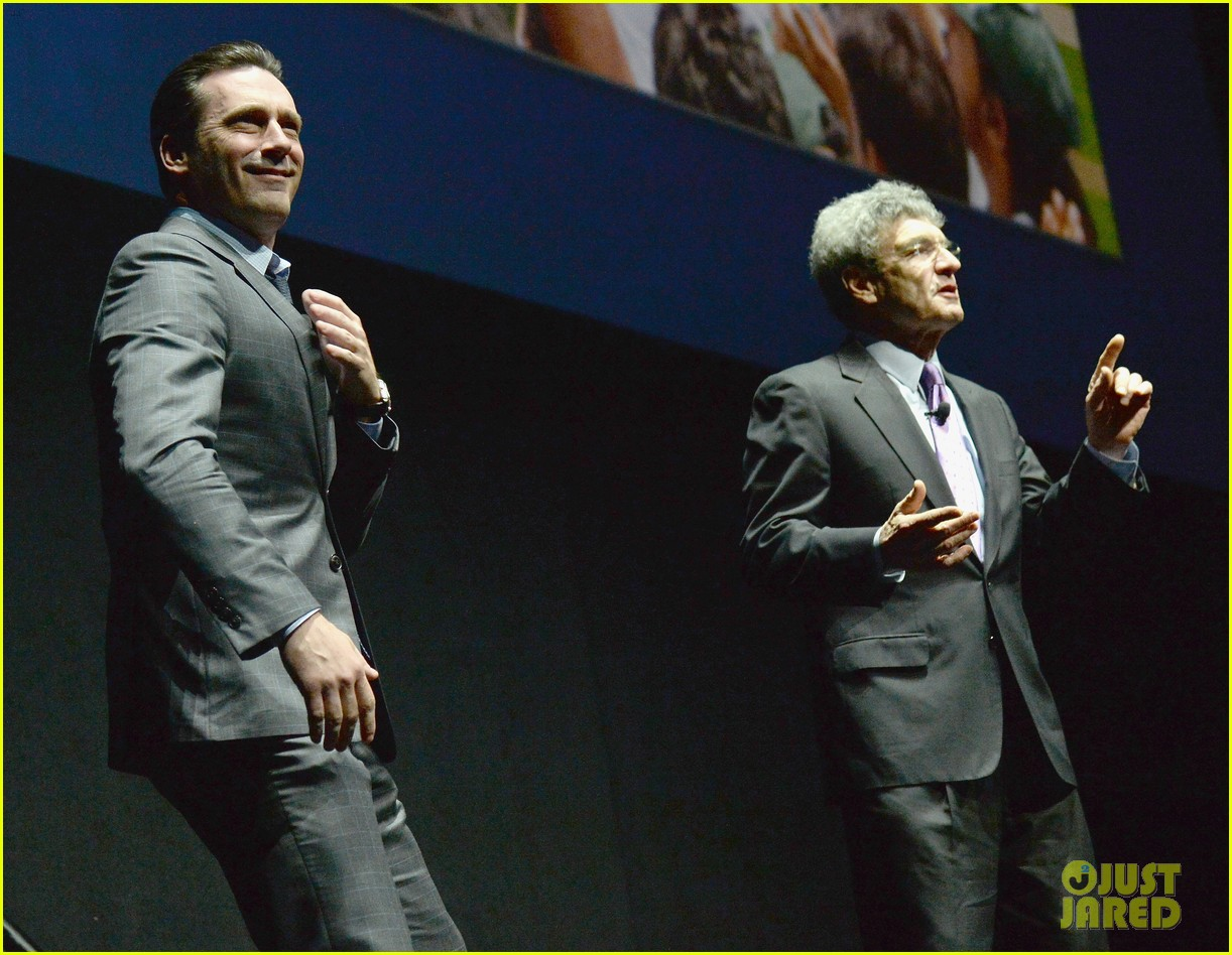 jon hamm excellence in acting award cinemacon 15