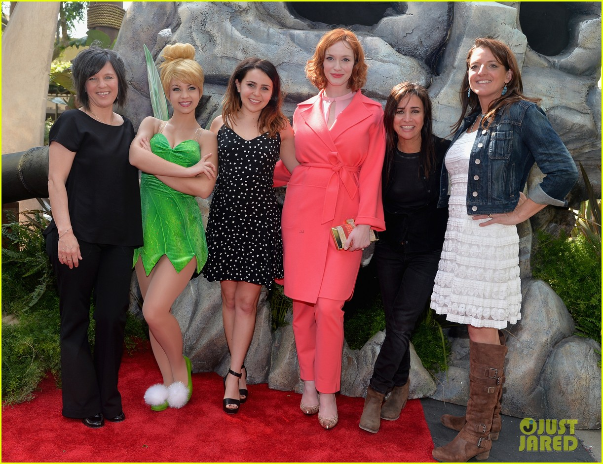 christina hendricks mae whitman pirate fairy premiere 123076935