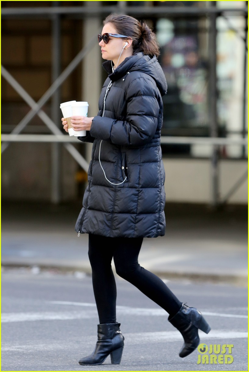 katie holmes new york has been very good to suri me 26