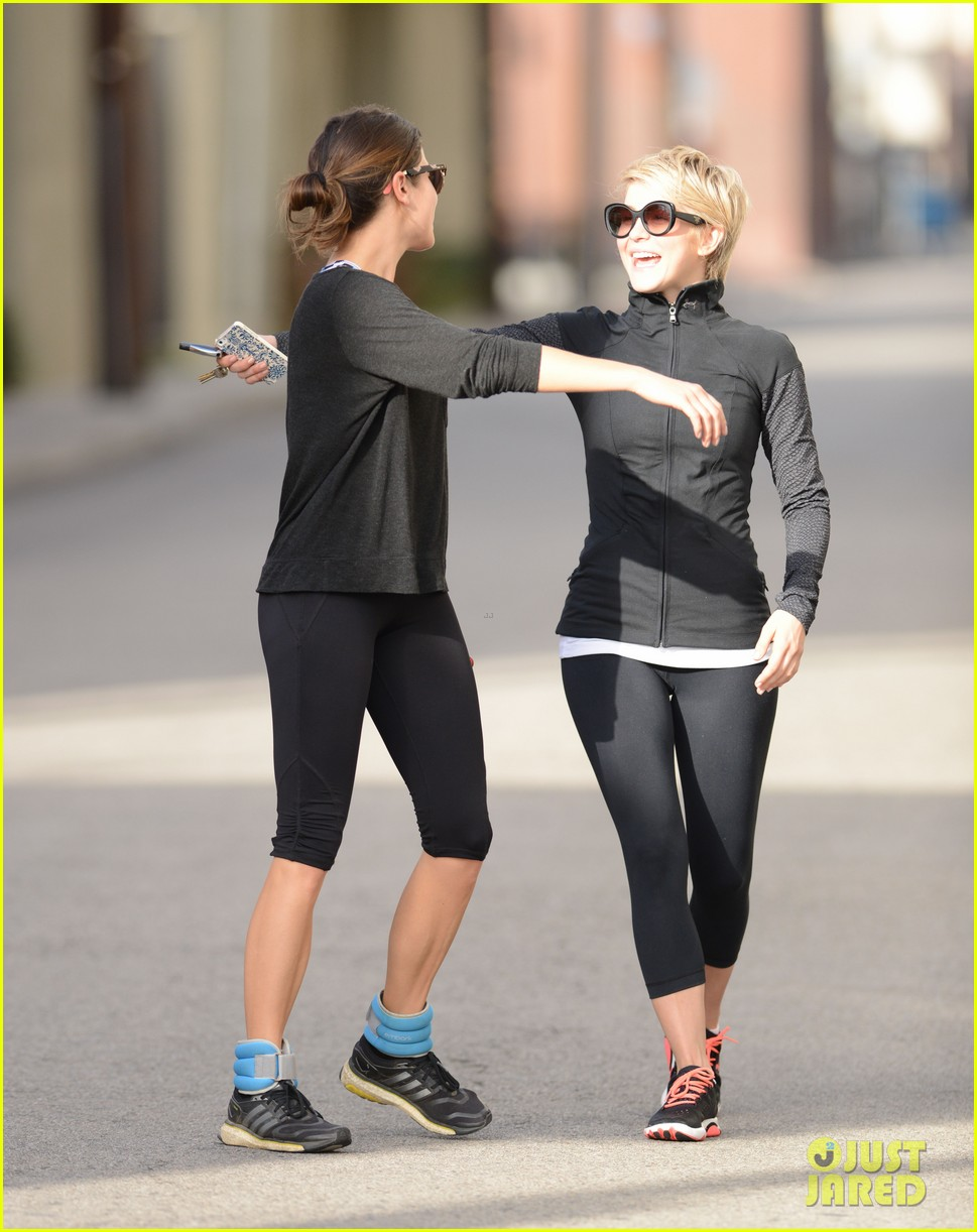 julianne hough nikki reed hug it out after gym date 01