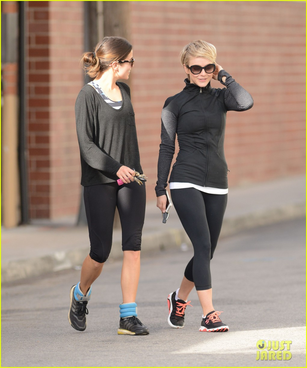 julianne hough nikki reed hug it out after gym date 08