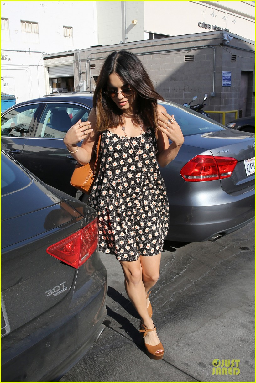 vanessa hudgens channels fairy with ashley tisdale 01