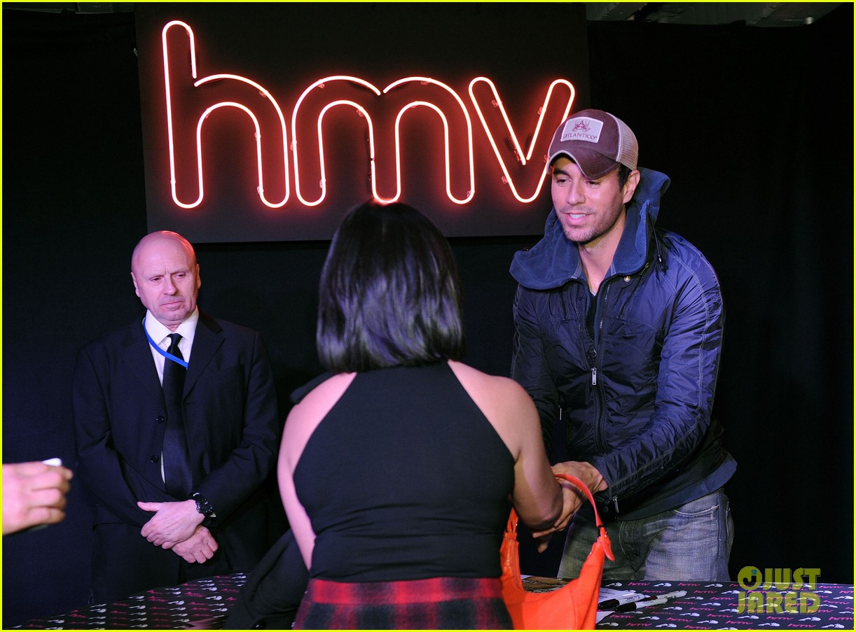 enrique iglesias explains how he avoided pitfalls in the business 10