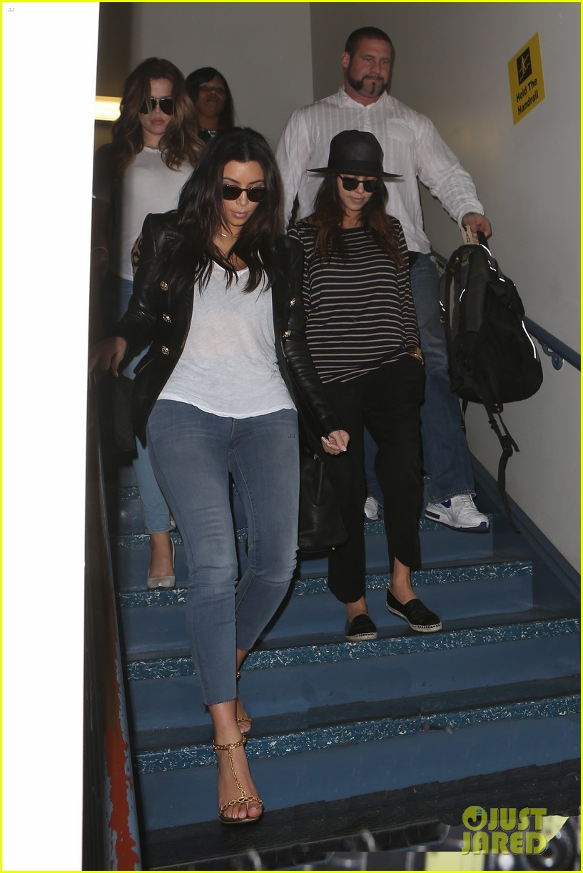 kim kourtney khloe kardashian back in los angeles after miami trip 08