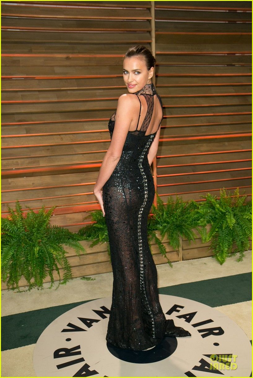 karlie kloss irina shayk vanity fair oscars party 2014 23